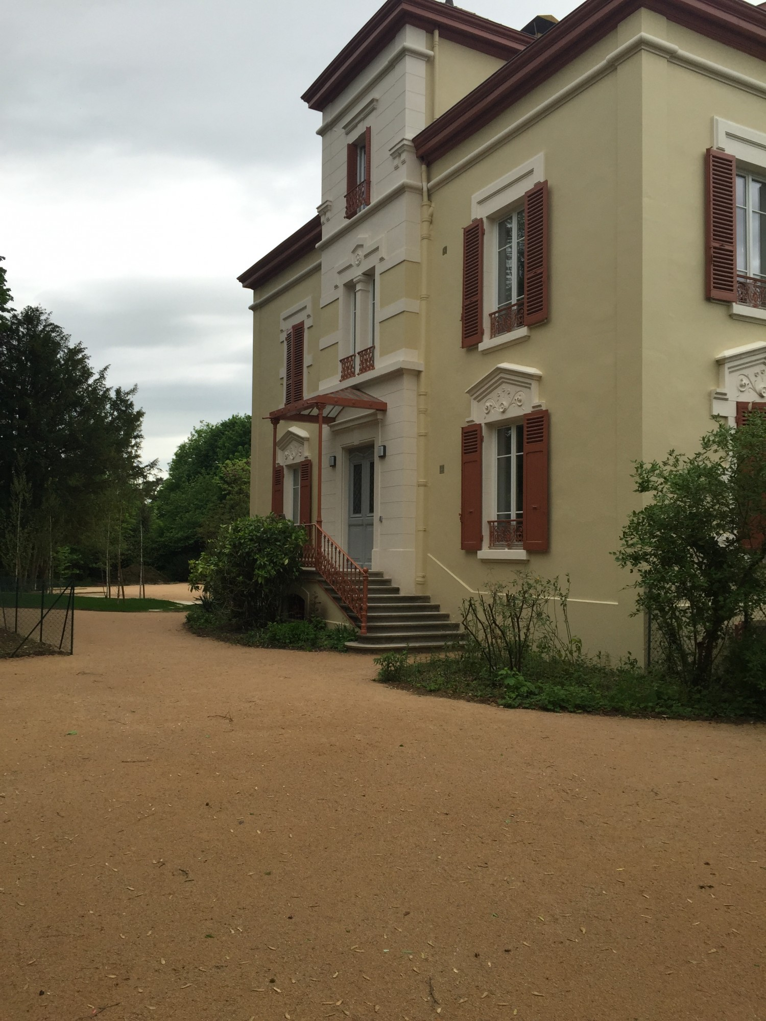 Location appartement meubl t2 pi ces f2 pi ces ecully for Ca location immobilier